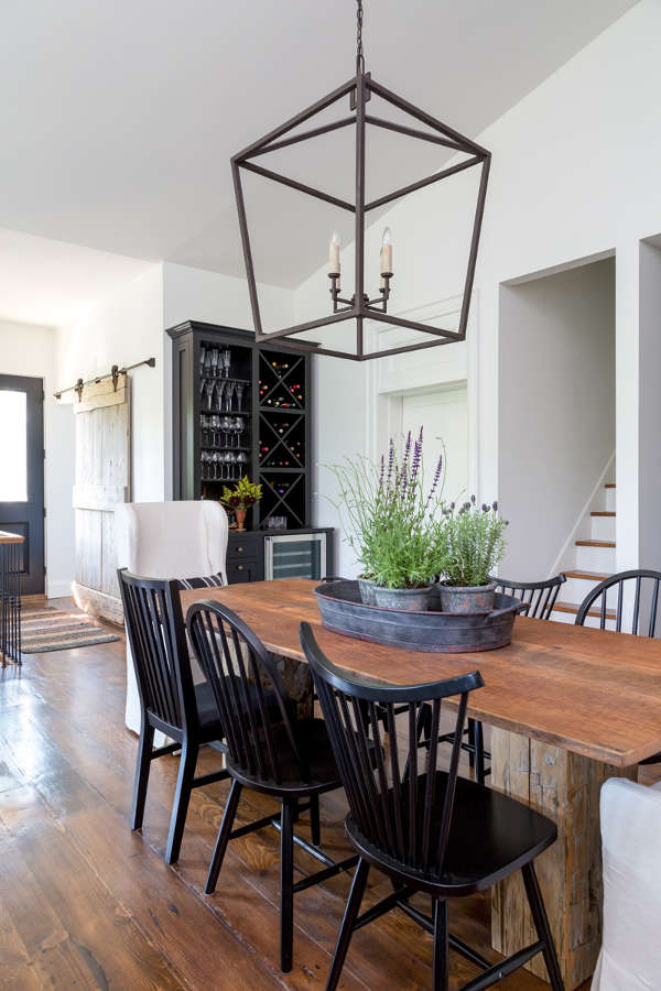 Itu0027s All About Simplicity, Elegance And Authenticity. Contemporary Living  Combined With Well Chosen Antique Pieces. Heritage House By Susan Burns  Design.