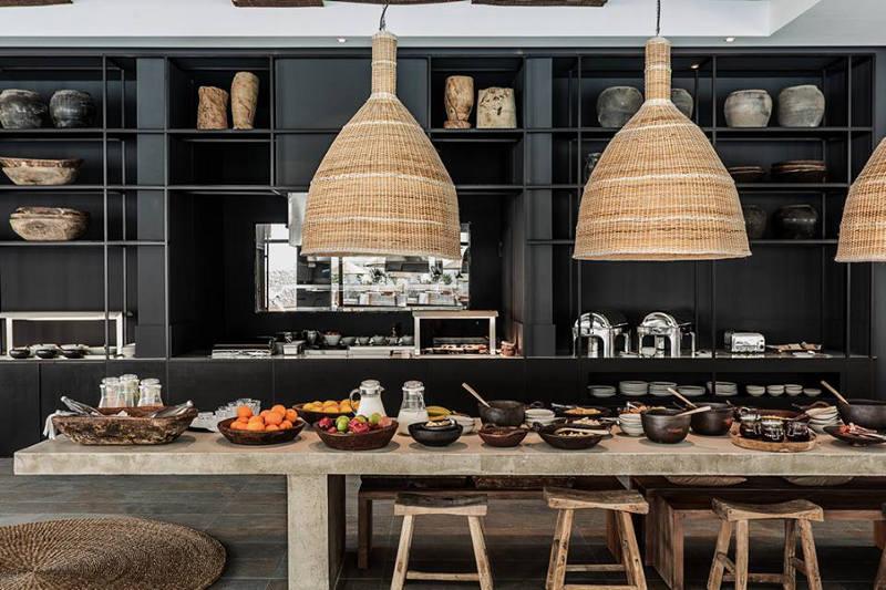 casa cook rhodes. Black Bedroom Furniture Sets. Home Design Ideas