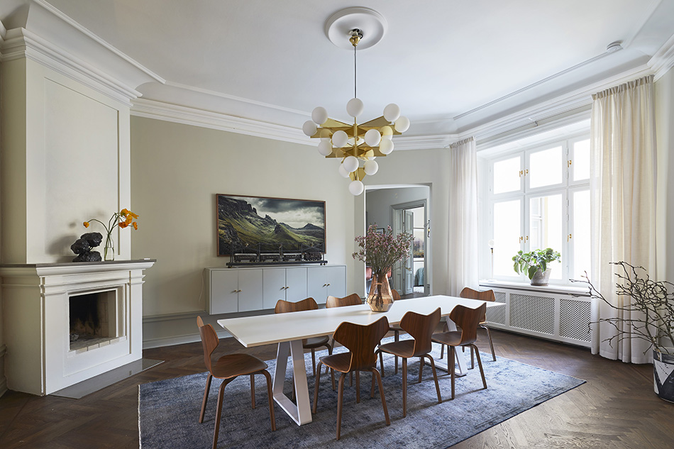 A not-all-white apartment for sale in Sweden