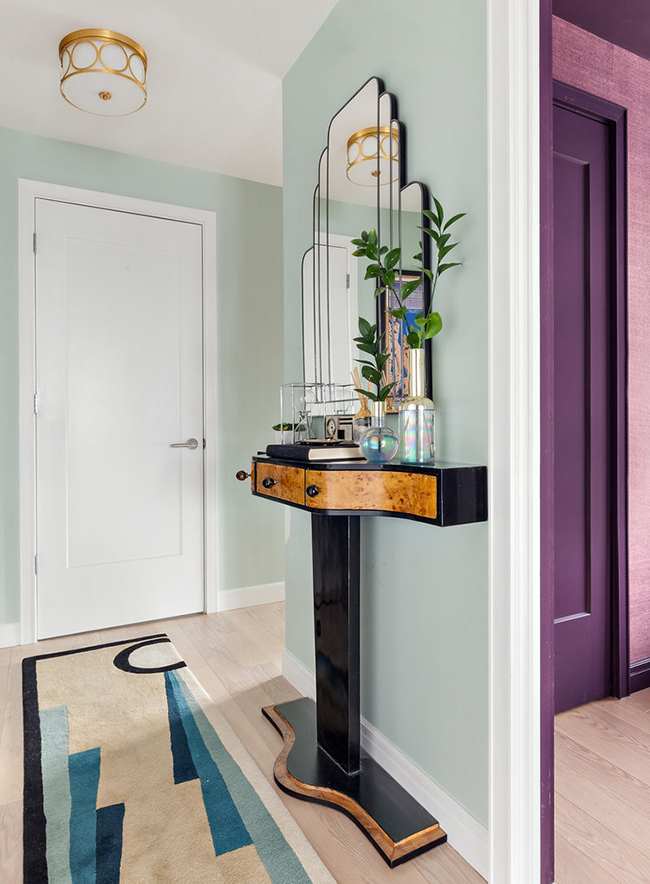 I spotted this apartment by seattle and new york based interior designer allison lind and had to share because it is bold colourful and glamourous with a