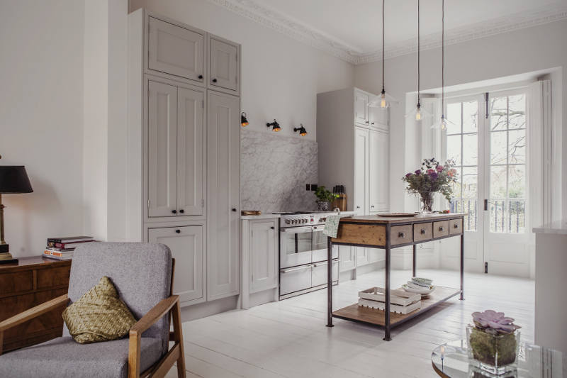 And Eclectic Interiors Love That Kitchen Sympathetically Modern Yet Traditional Scandi A Touch Of Industrial All Rolled Into One