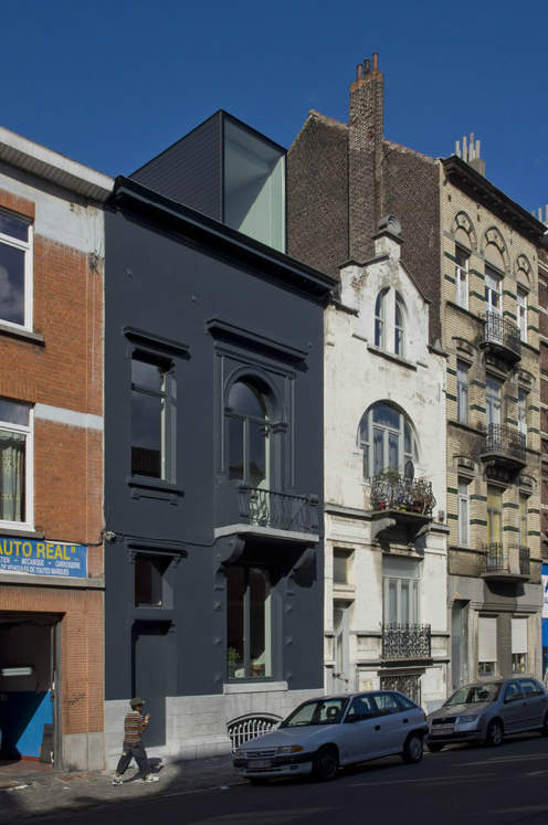 Belgian Minimalism Simple Exterior Home Renovation Minimalist