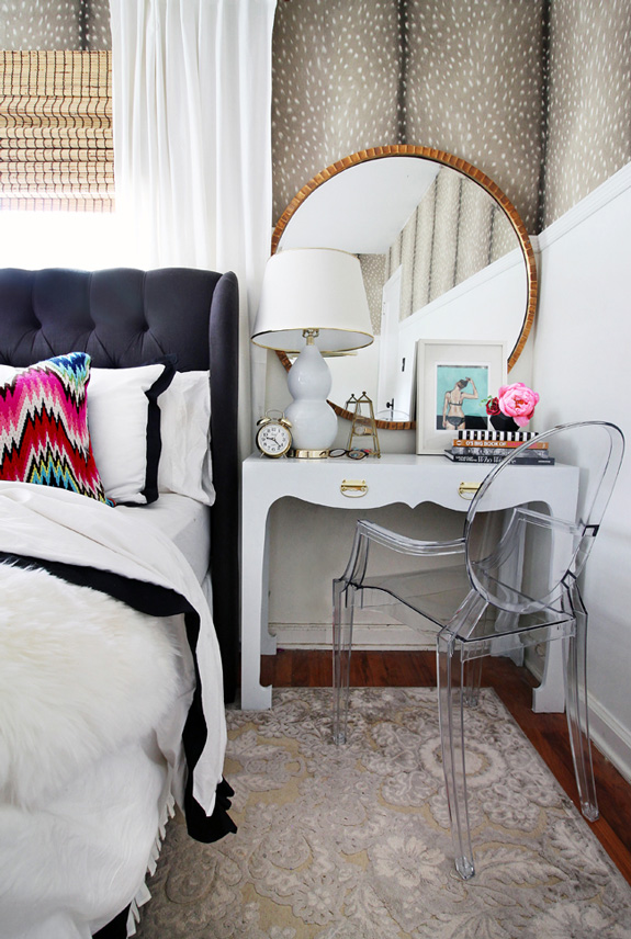 ... Hunted Interior Creates Beautiful Spaces That Really Resonate With Me.  She Is All About Layering And Using Pattern And Textures To Add Bold  Statements.
