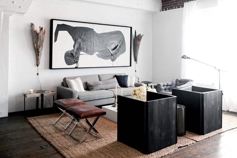 a black and white loft in downtown lathere is something so sexy about a black and white space make it a downtown la loft with exposed wooden beams, steel trusses and original hardwood floors