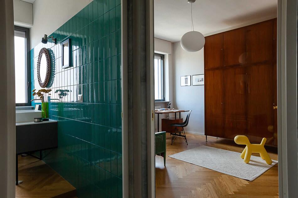 Um condomínio modernizado dos anos 60 na Itália 9